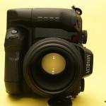 Big Mean Portrait Machine: Schau mir in die offene 2.8er Blende meines 105mm-Objektivs!