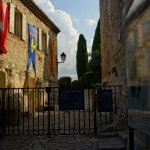 Eingang zur Burgruine in Les Baux