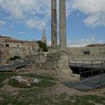 Theater Arles: Die letzten Säulen der Kulisse