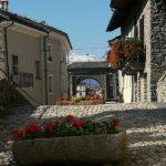 Nicht der Mont Blanc, von der römischen Brücke aus